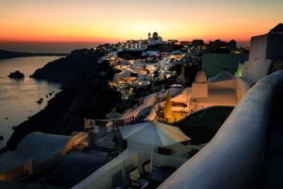 Oia Sunset Viewpoint, Visit Santorini