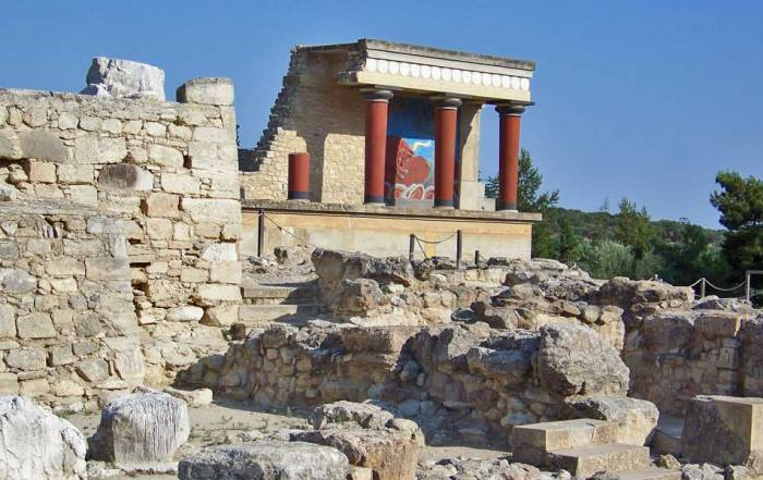 Palace of Knossos, Visit Heraklion