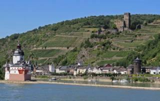 Pfalzgrafenstein and Gutenfels Castle on the hillside, Romantic Rhine