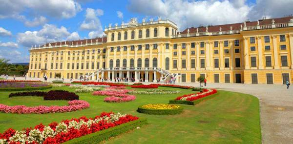 Schönbrunn Palace, Visit Vienna