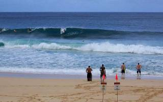 Banzai Pipeline Surfers, North Shore