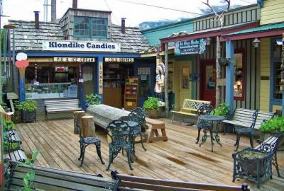 Klondike Style Shopping, Visit Skagway