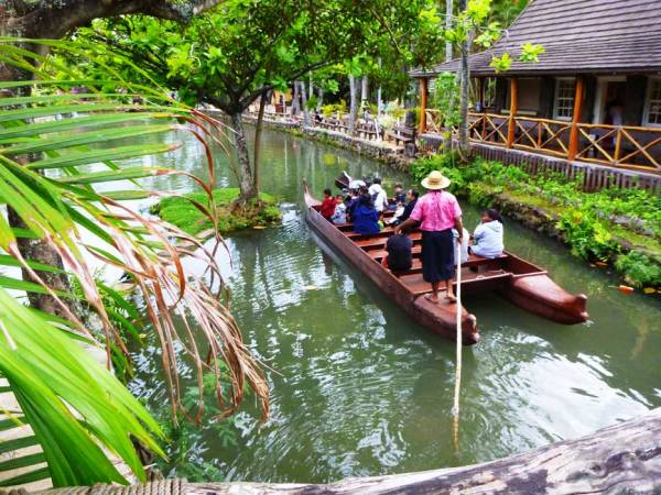 Boat Tour, Polynesian Cultural Center