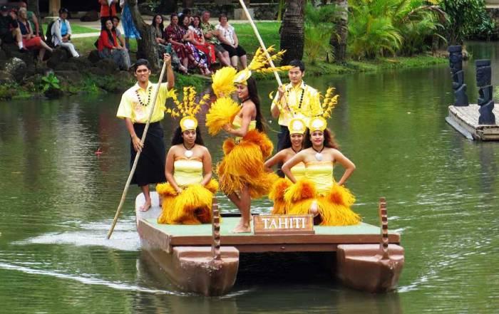 Polynesian Cultural Center, Tahiti