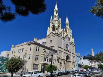 Saints Peter and Paul Church, Visit San Francisco