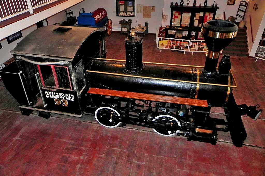 3 Valley Gap Heritage Ghost Town, Locomotive