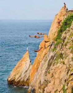 Visit Acapulco Cliff Divers