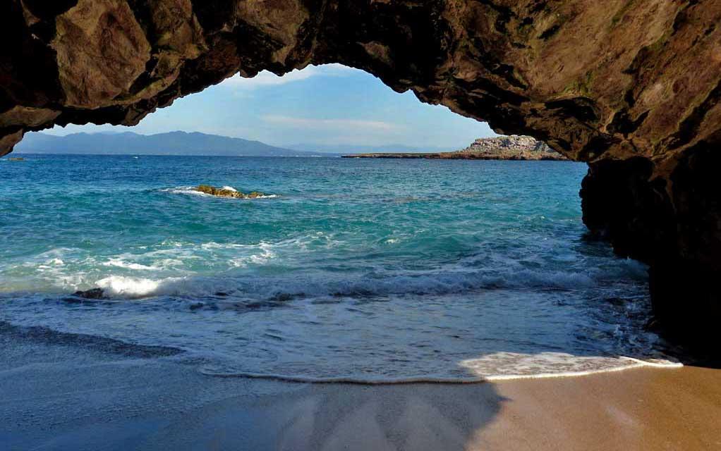 Arch, Marietas Islands Day Trip