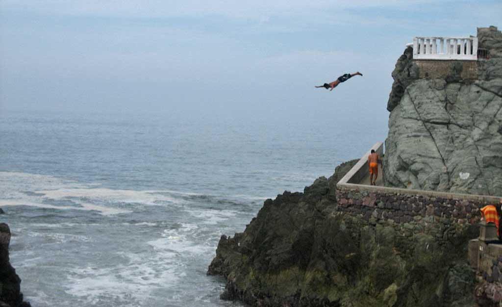 Cliff Divers, El Clavadista, Mazatlán Shore Excursion