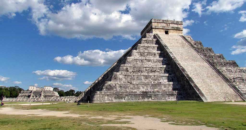 El Castillo, Kukulkan Pyramid, Chichén Itzá Tour
