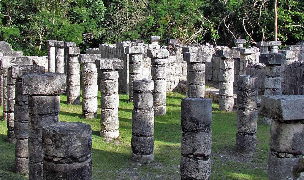 Plaza of a Thousand Columns, Chichén Itzá Tour