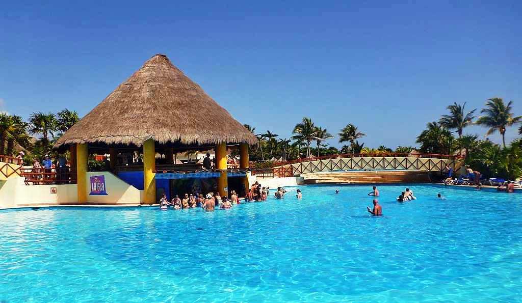 Swim Up Bar, Gran Bahia Principe Tulum, Riviera Maya
