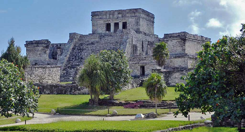Tulum Pyramid, Riviera Maya, Xel-Há Tulu Tour