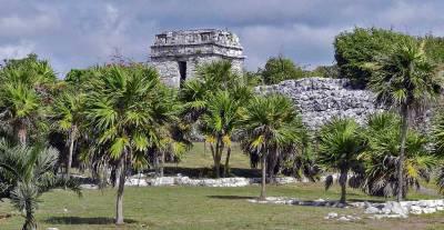 Tulum Ruins, Riviera Maya, Xel-Há Tulu Tour