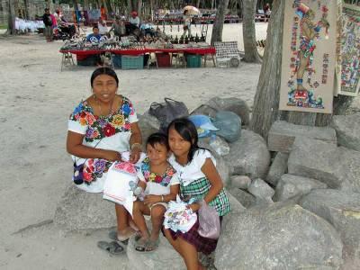 Vendors, Chichén Itzá Tour