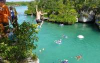 Cliff Jumping, Xel-Há Tulum Tour, Riviera Maya