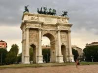 Peace Arch, Milan Visit
