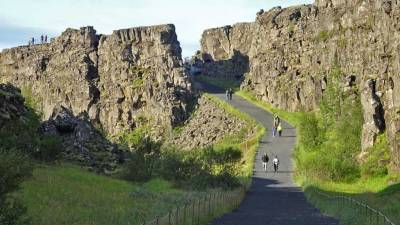 Thingvellir Pathway, Iceland Golden Circle Tour