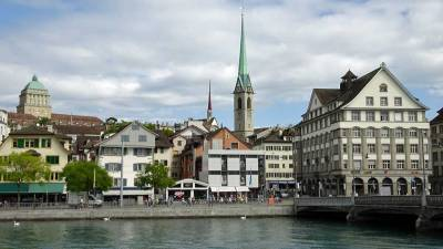 Zurich Old Town, East Bank