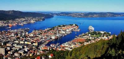 Bryggen Wharf, Bergen Harbor