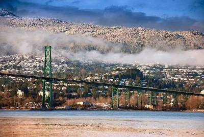 North Vancouver Snowfall, Lions Gate Bridge
