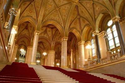 Parliament Interior, Visit Budapest