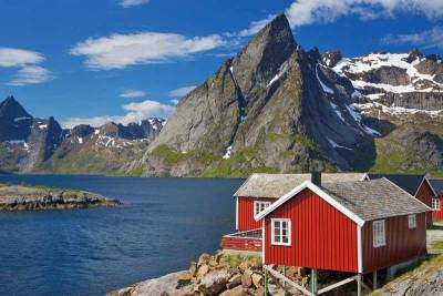 Rorbuer Fishing Houses, Reine, Lofoten Islands