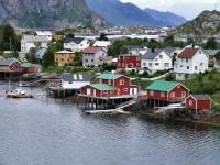 Rorbuer, Reine Harbor, Lofoten Islands