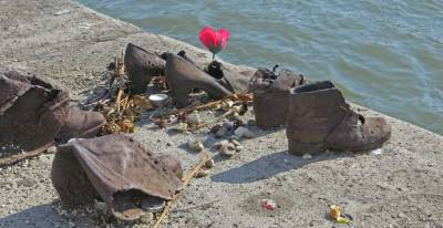 Shoes on the Danube, Visit Budapest