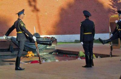 Eternal Flame, Tomb of the Unknown Soldier, Kremlin, Moscow