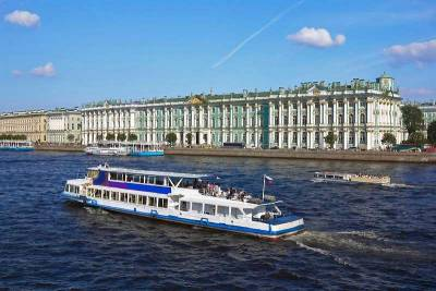 Neva River Cruise, Winter Palace, St Petersburg