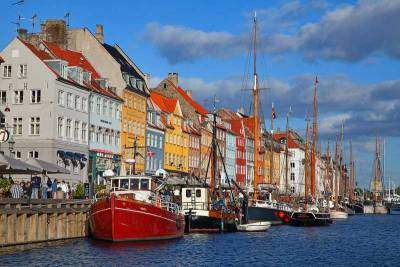 Nyhavn Brightly Painted Houses, Copenhagen