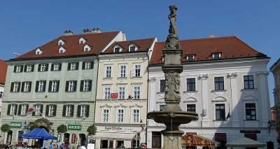 Old Town Main Square, Roland Fountain, Bratislava