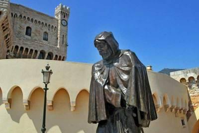 Statue of Grimaldi, Prince's Palace, Visit Monte Carlo