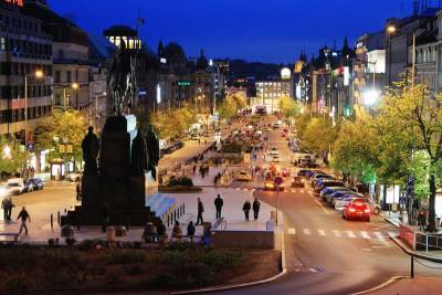 Wenceslas' Square, Visit Prague