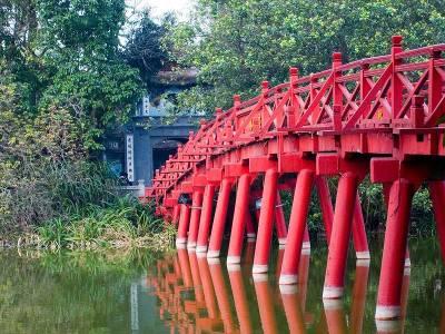 Red Bridge, Hoan Kiem Lake, Visit Hanoi