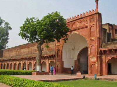 Agra Fort Gate, Visit Agra