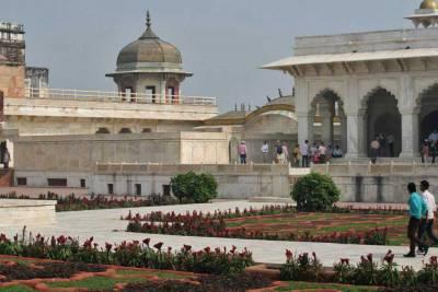 Agra Fort Interior, Visit Agra
