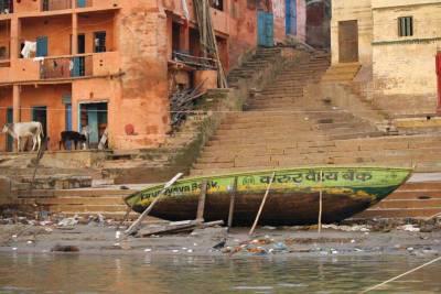 Boat. Ganges River Ghat, Visit Varanasi
