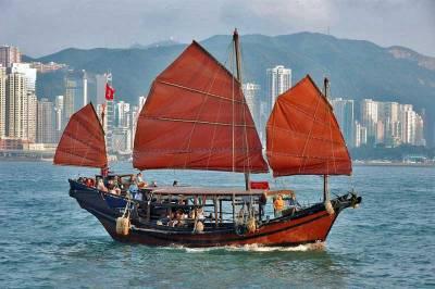 Chinese Junk, Victoria Habour, Visit Hong Kong