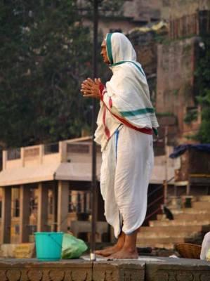 Ganges River Worshipper, Visit Varanasi