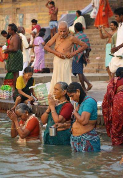 Ganges River Worshippers, Visit Varanasi