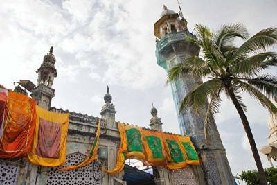 Haji Ali Dargah Mosque, Visit Mumbai