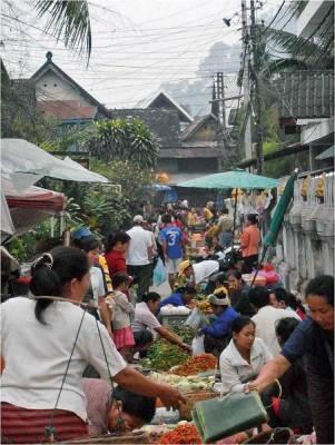 Street Day Market, Visit Luang Prabang
