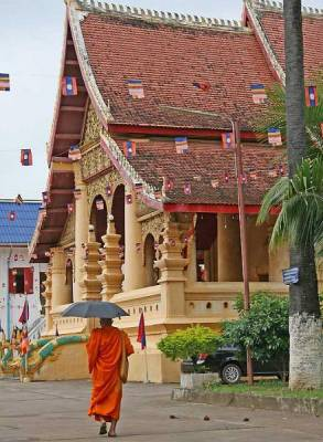 Wat Ong Teu Buddhist Monastery, Visit Vientiane