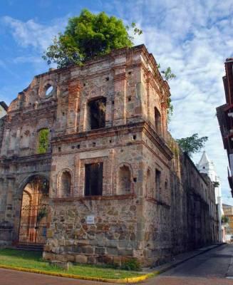 Compania de Jesus, Casco Viejo, Visit Panama City