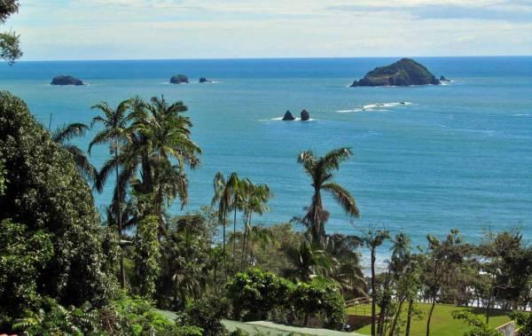 Rafaeles las Terrazas Restaurant view near Manuel Antonio Park, Costa Rica Tour
