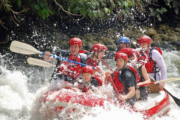 Toro River Rafting, La Fortuna, Costa Rica Tour