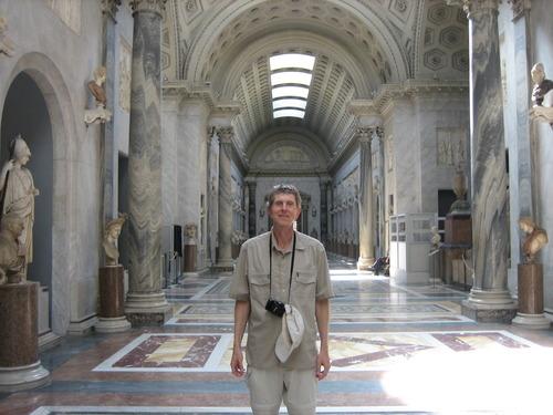 Vatican City, Tim