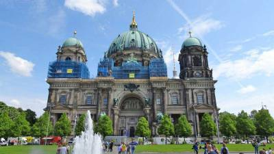 Berlin Cathedral, Touring Berlin
